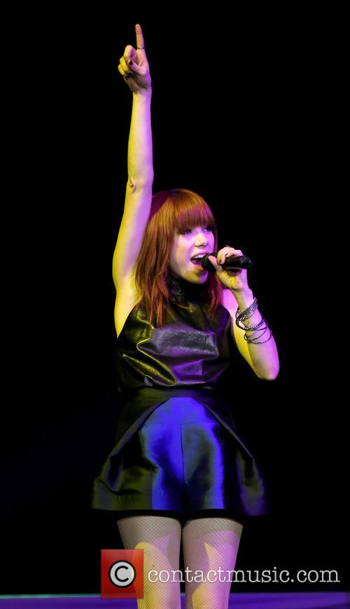 Carly Rae Jepsen 90