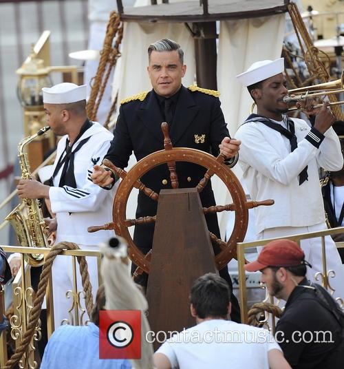 robbie williams robbie williams filming a music 3892270