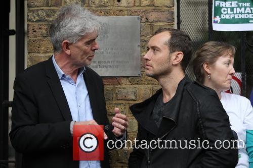 Jude Law and John Sauven 6