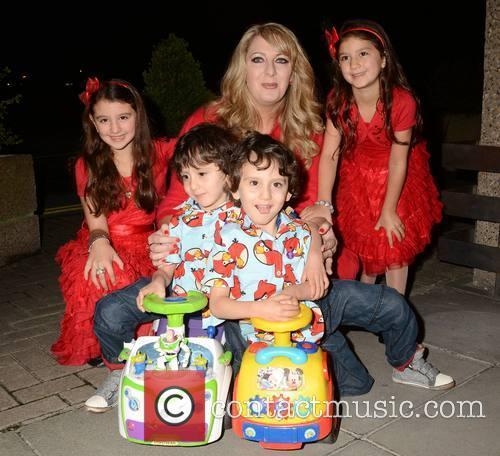 Iman, Malika Benhaffaf, Angie Benhaffaf, Hassan Benhaffaf, Hussein Benhaffaf and Sinead O'connor 1