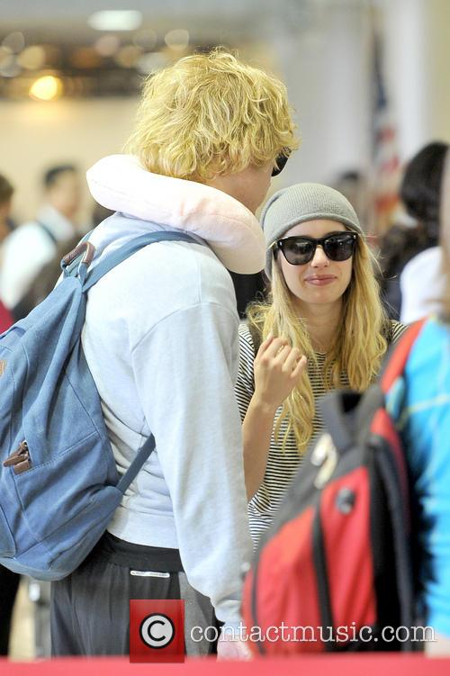 Emma Roberts and Evan Peters 10