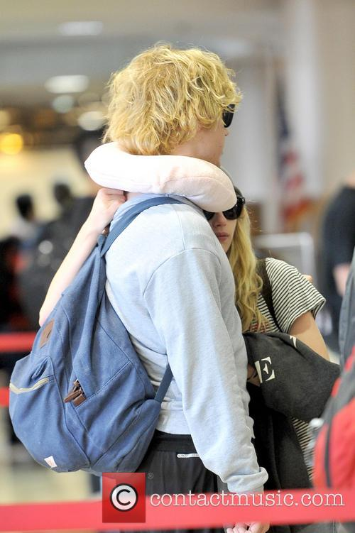 Emma Roberts and Evan Peters 18