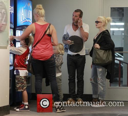 Kingston Rossdale, Zuma Rossdale and Gwen Stefani 1