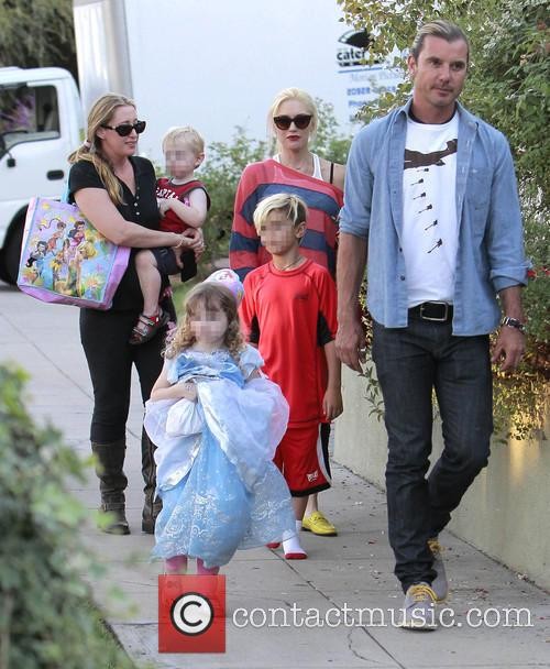 Kingston Rossdale, Gwen Stefani and Gavin Rossdale 4