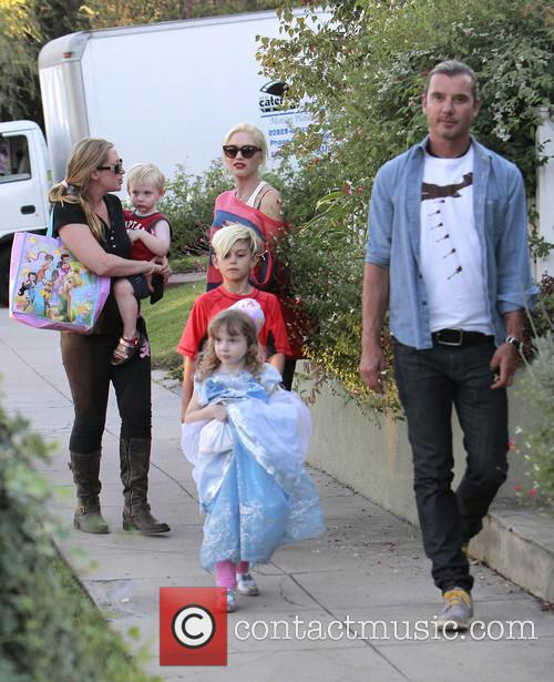 Kingston Rossdale, Gwen Stefani and Gavin Rossdale 5