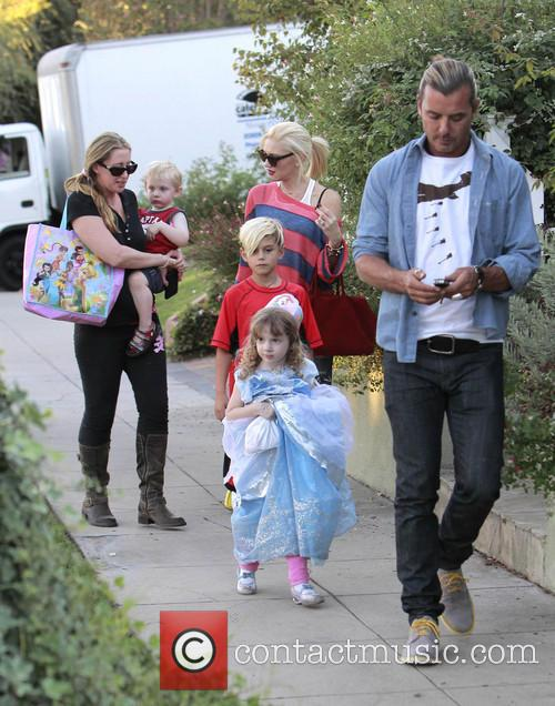 Kingston Rossdale, Gwen Stefani and Gavin Rossdale 9