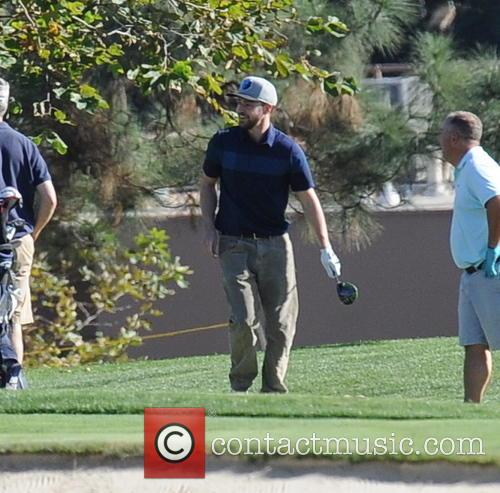 Justin Timberlake tee's off