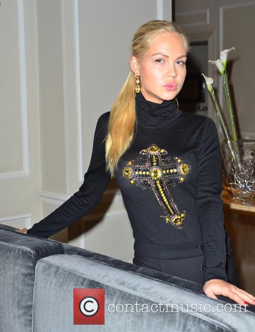Maria Shatalova, Maria Pogrebnyak and Masha Pogrebnyak 6