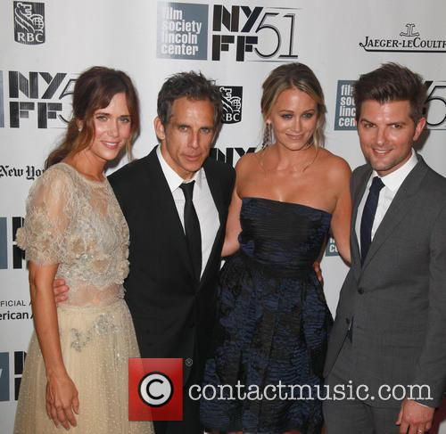 L To R, Kristen Wiig, Ben Stiller, Christine Taylor and Adam Scott 3