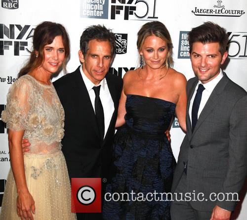 L To R, Kristen Wiig, Ben Stiller, Christine Taylor and Adam Scott 4