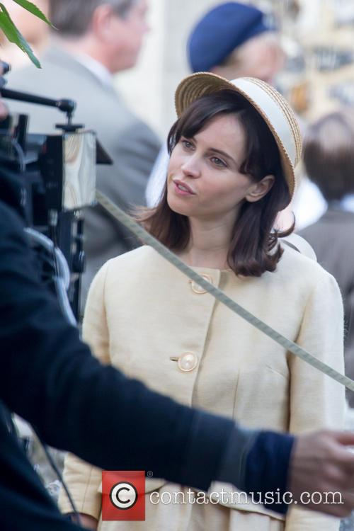 felicity jones the theory of everything the 3895474