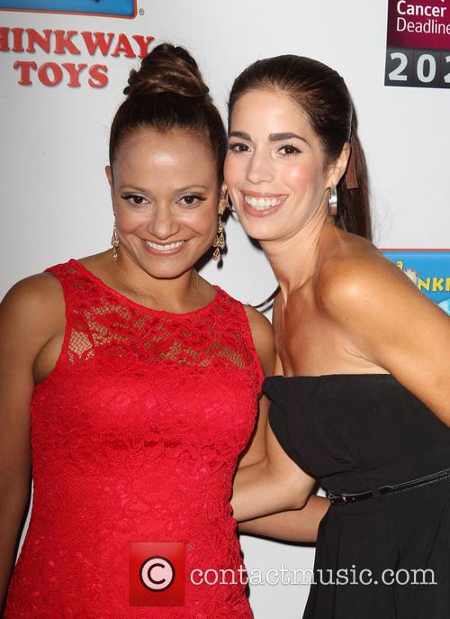 Judy Reyes and Ana Ortiz 10