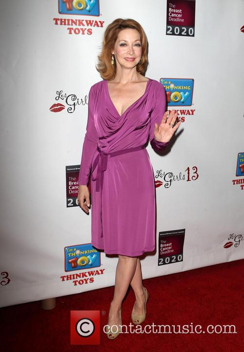 Sharon Lawrence 6