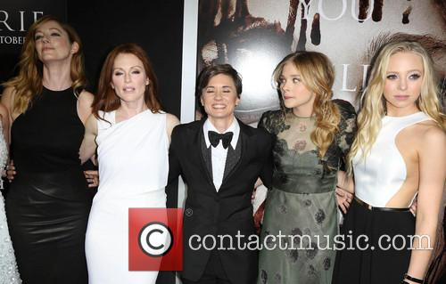 Judy Greer, Julianne Moore, Kimberly Peirce, Chloe Grace Moretz and Portia Doubleday 3