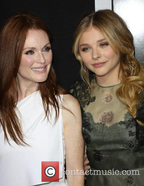 Julianne Moore and Chloe Grace Moretz 10