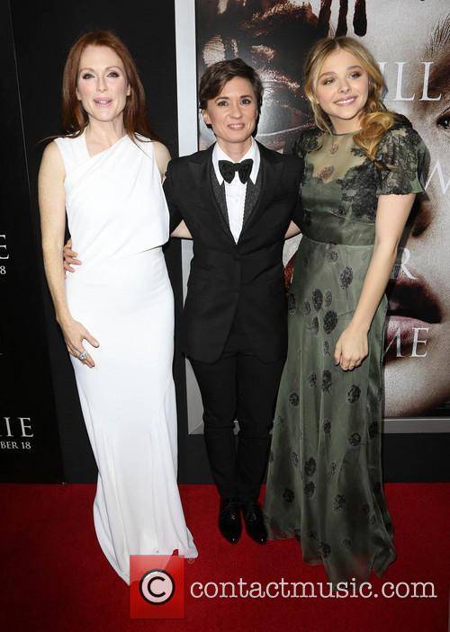 Julianne Moore, Kimberly Peirce and Chloe Grace Moretz 3
