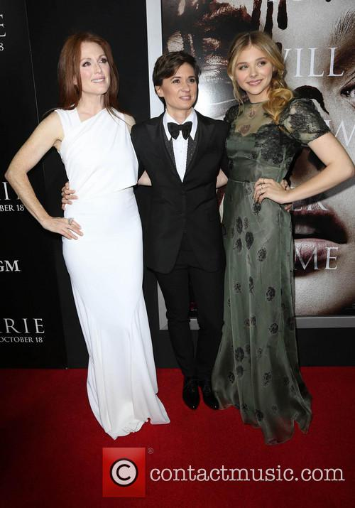 Julianne Moore, Kimberly Peirce and Chloe Grace Moretz 6