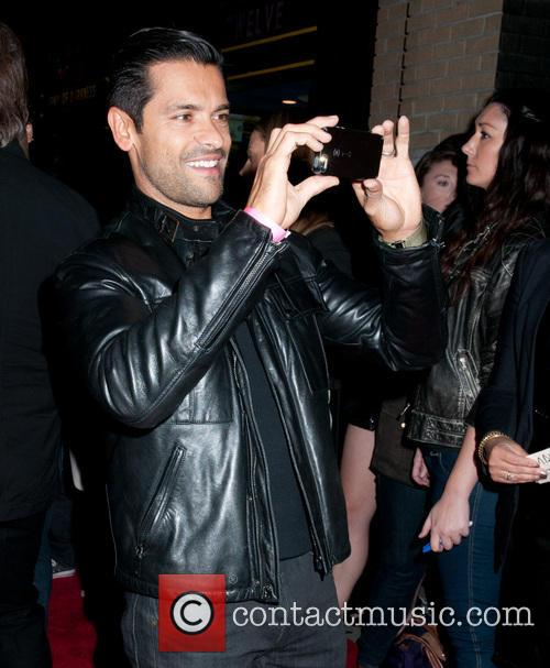 Mark Consuelos 3