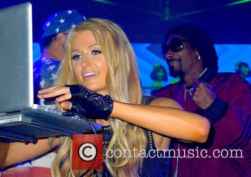 Paris Hilton, Snoop Lion and Snoop Dogg 5