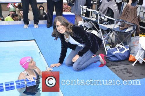 Diana Nyad and Nikki Reed 3