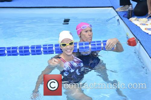 Natalie Morales and Diana Nyad 7