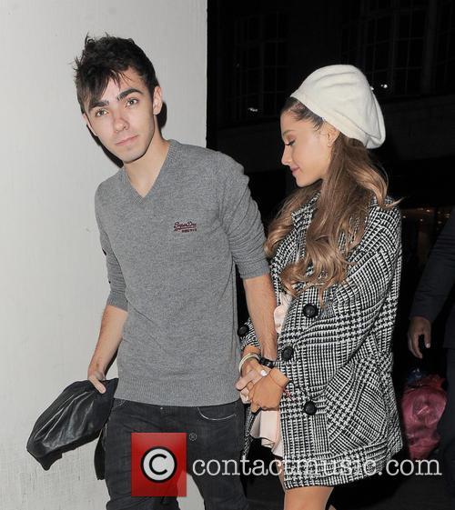 Ariana Grande and Nathan Sykes 10