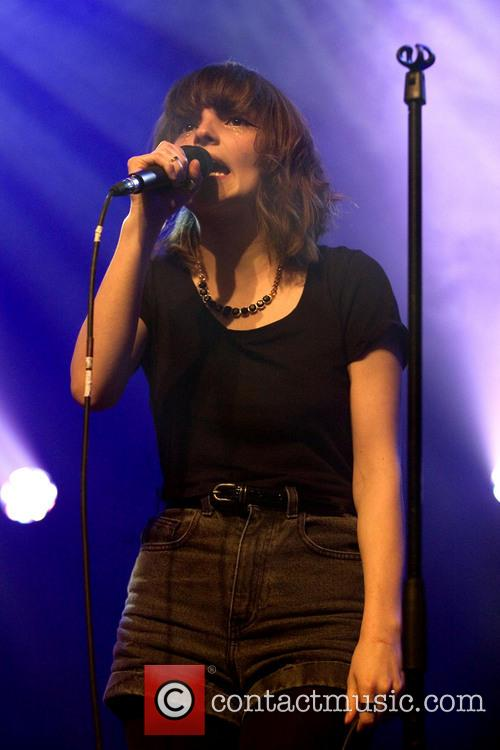 Lauren Mayberry and Chvrches 3