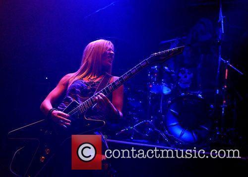 Laura Wilde 3