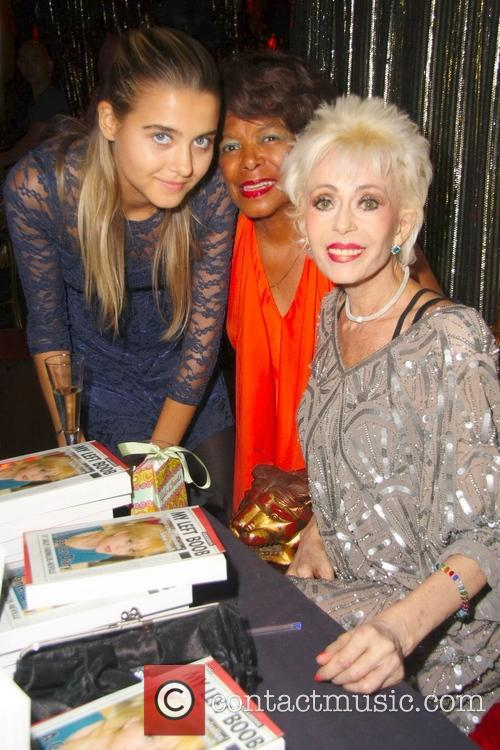 Sally Farmiloe, Jade Farmiloe-neville and Joan Hooley 11