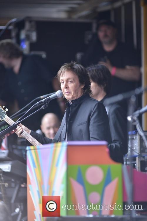 Paul McCartney 30