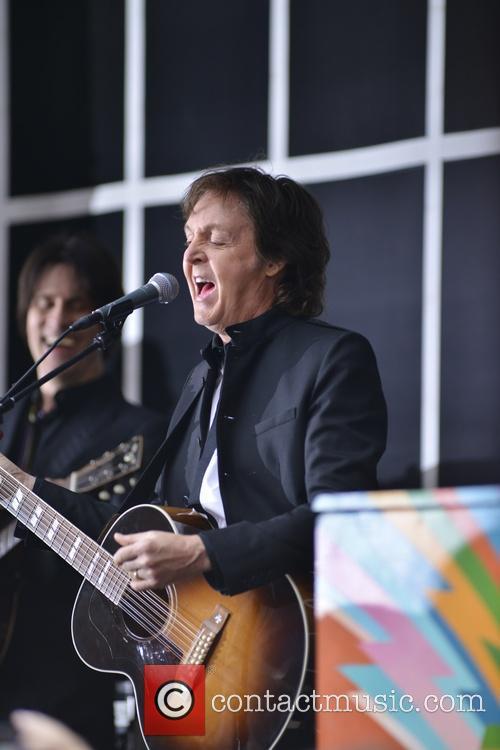 Paul McCartney 44