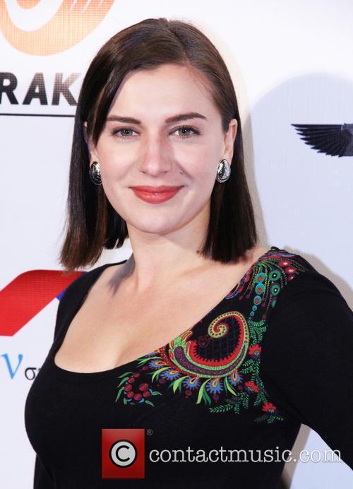 Ariana Savalas 4