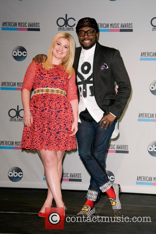 Kelly Clarkson and Will.i.am 1