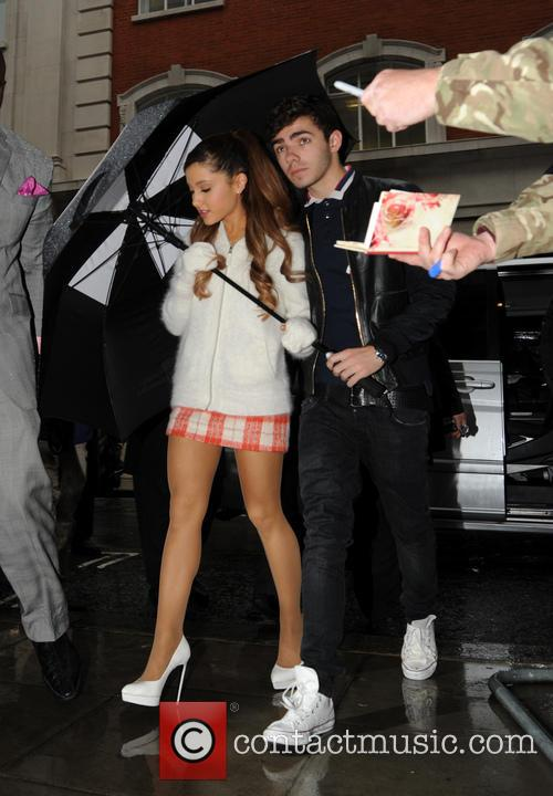 Ariana Grande and Nathan Sykes 4