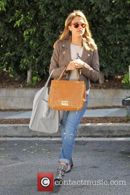 Jessica Alba leaves a friend's house