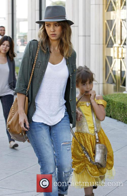 Jessica Alba stops at a hardware store in...