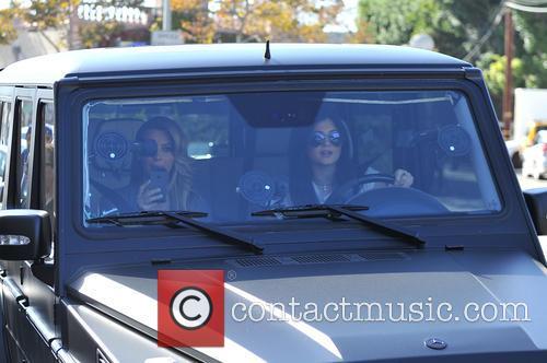 Kim Kardashian and Kylie Jenner 3
