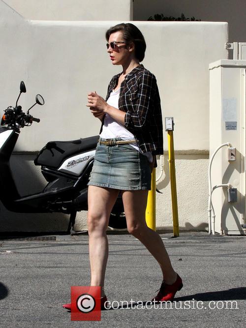 Milla Jovovich 22