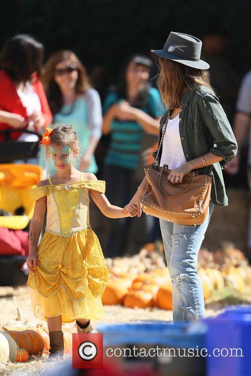 jessica alba honor marie warren mr bones pumpkin 3903400