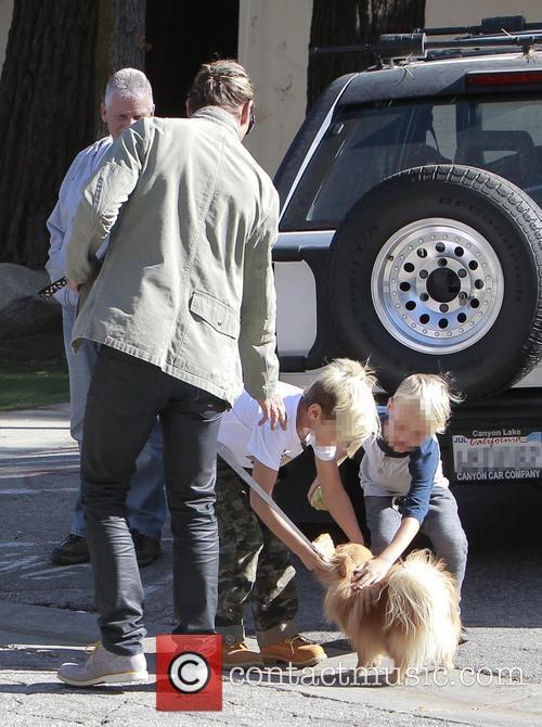 Gwen Stefani and Gavin Rossdale greet their sons...