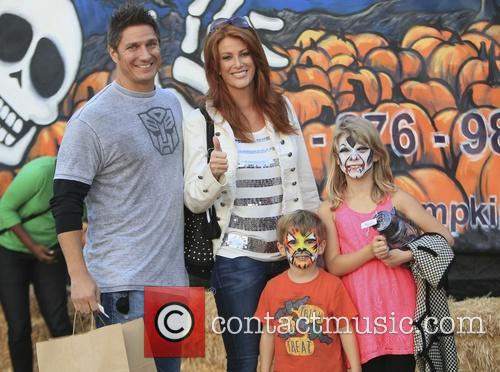 Angie Everhart, Kayden Bobby Everhart, Fritz Pfnur, Mr Bones Pumpkin Patch