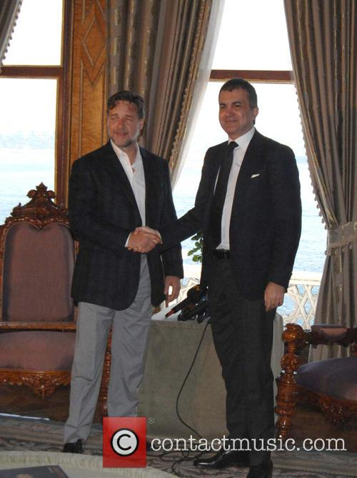 Russell Crowe and Omer Celik 2