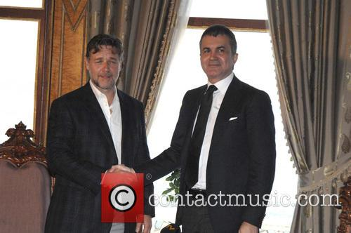 Russell Crowe and Omer Celik 3