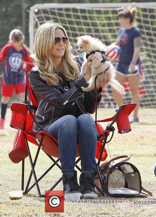 heidi klum heidi klum at soccer match 3905344