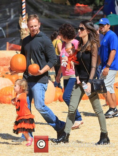 Ian Ziering, Erin Kristine Ludwig, Mia Ziering and Penna Mae Ziering 9