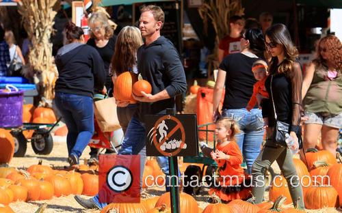 Ian Ziering, Mia Ziering, Erin Kristine Ludwig, Penna Mae Ziering, Mr Bones Pumpkin Patch