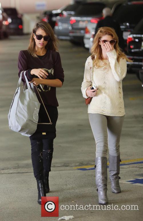 Jessica Alba and Lauren Andersen 3