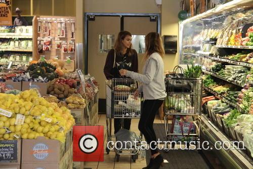 Jessica Alba and Lauren Andersen 15