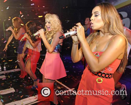 The Saturdays, Mollie King, Una Healy, Vanessa White and Rochelle Humes 4