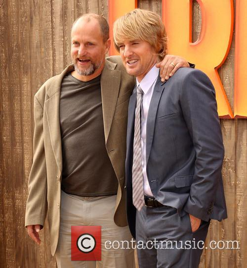 Woody Harrelson and Owen Wilson 13